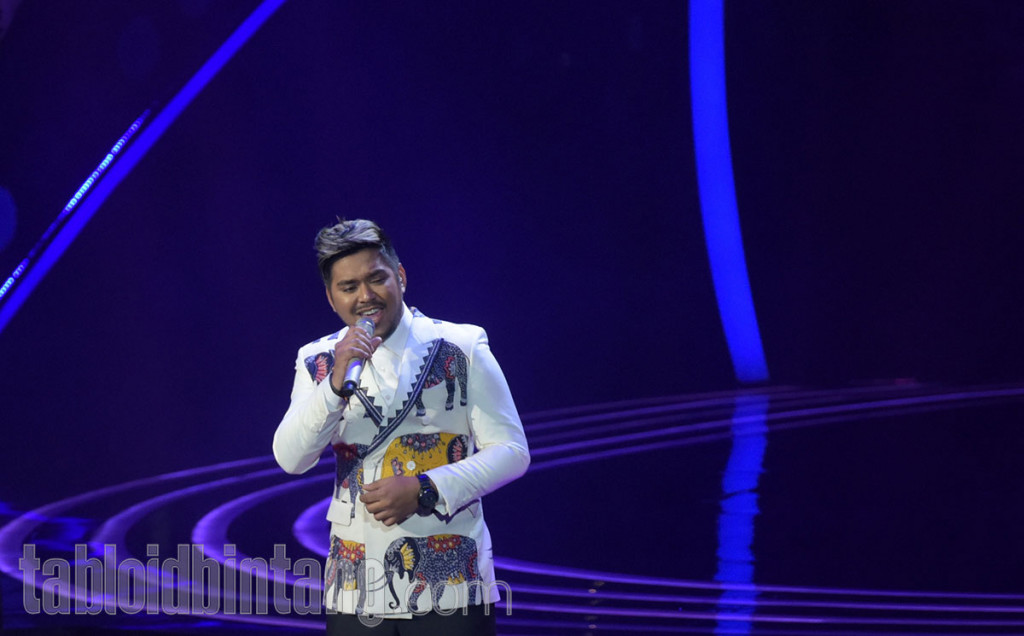 Abdul Raih 5 Standing Ovation Saat Bawakan Lagu Won't Go Home Without You