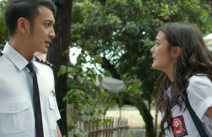 Arsen (Dimas Anggara) dan Ayla (Amanda Rawles) dalam film The Perfect Husband. (Foto-foto: dok. Screenplay Productions)