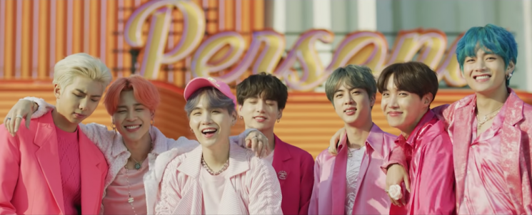 Lirik Lagu Boy With Luv - BTS feat. Halsey
