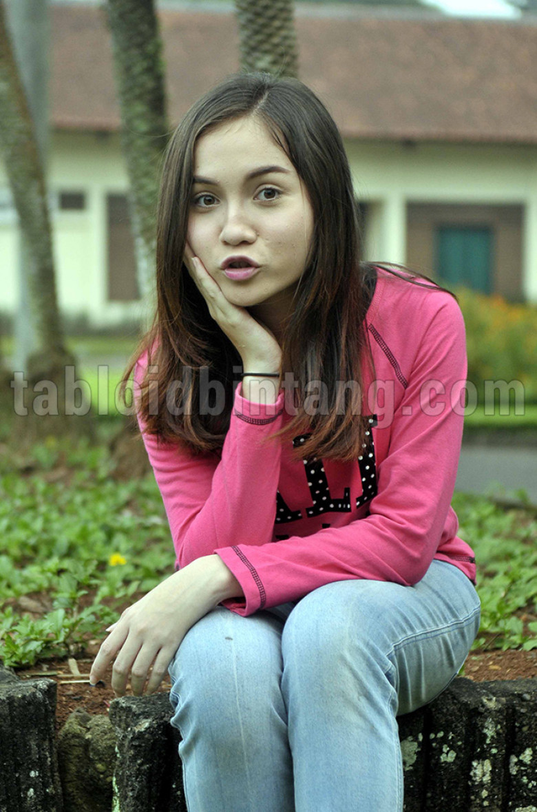 Elina Joerg Si Cantik Raina Di Mermaid In Love