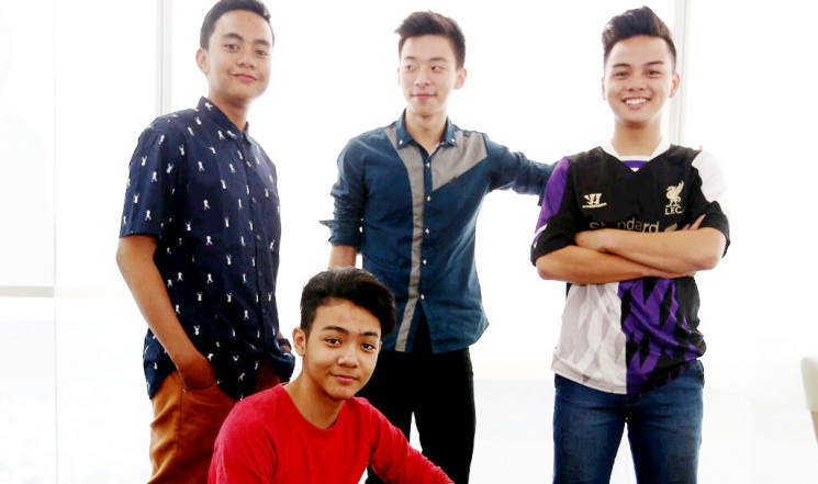 New Super 7 (Bagas, Joe, Dimas, dan Andreas)