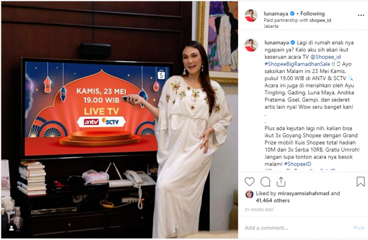 Luna Maya dituding belum move on. (Instagram)