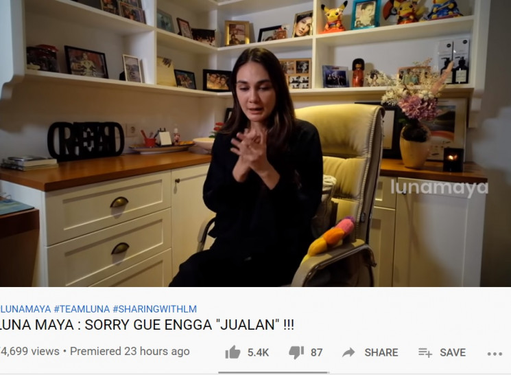 Luna Maya (YouTube)