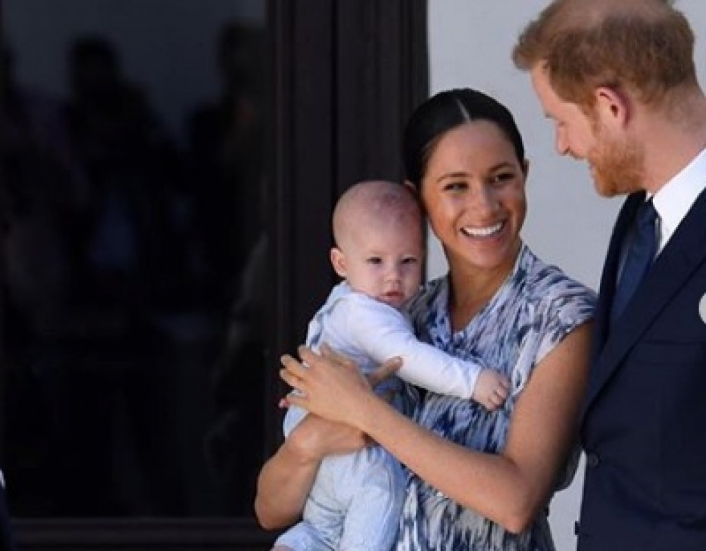 Beda Pola Asuh Anak William - Kate Vs Harry - Meghan Markle (Bag.2)