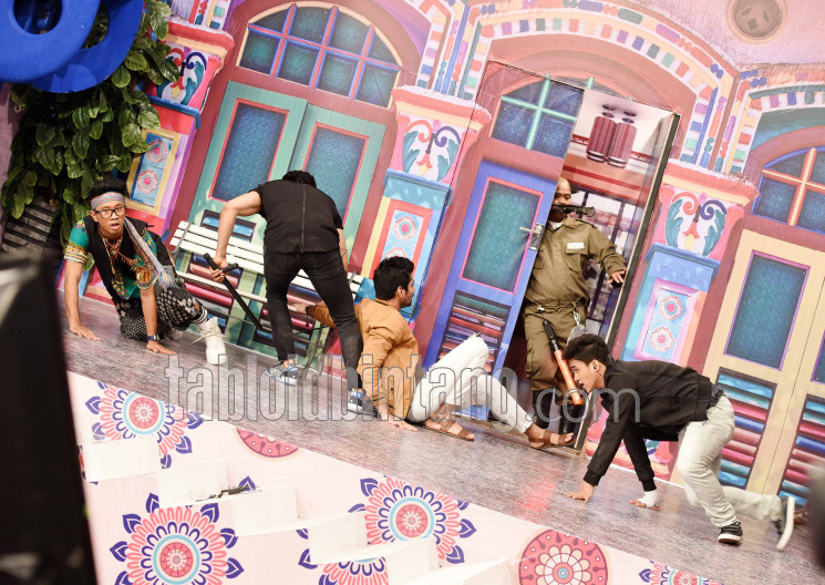 Pesbukers-Ramadhan-India_SEN170530_8.jpg