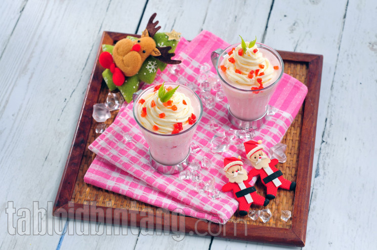 Resep Hidangan Natal: Strawberry Cream Smoothies